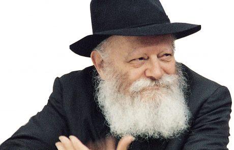 ואתה תצוה – משה רבינו, מרדכי היהודי, והרבי – משה בדורנו