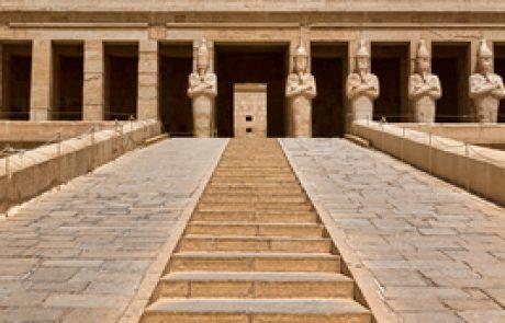 לצאת מהמצרים שבתוכי